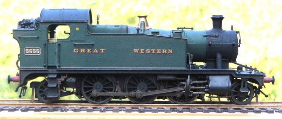 Allan Howles' 4mm locos