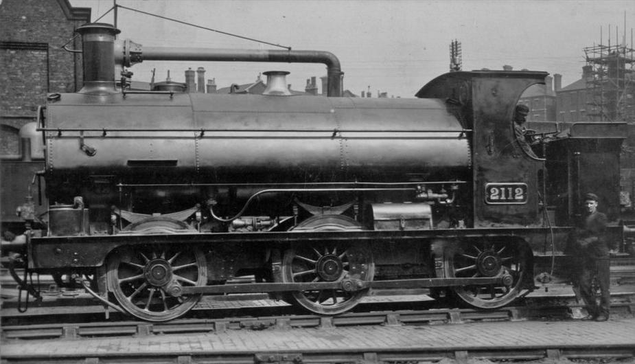 GWR 2112 saddle tank in early condition