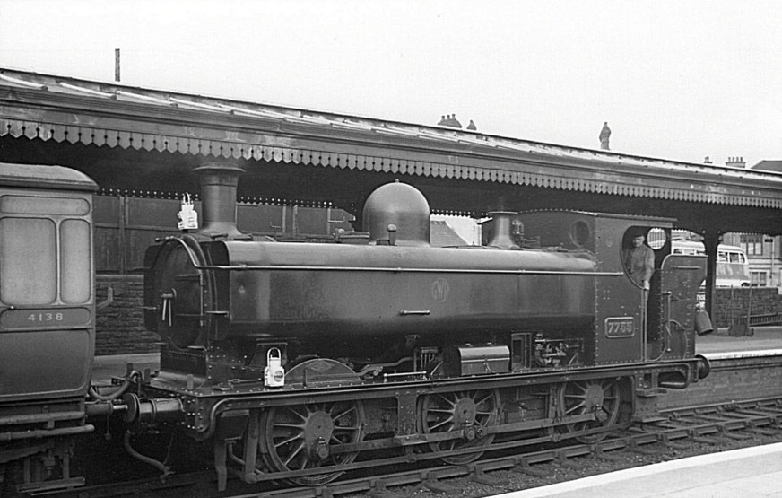7755 at Llanelly c 1938