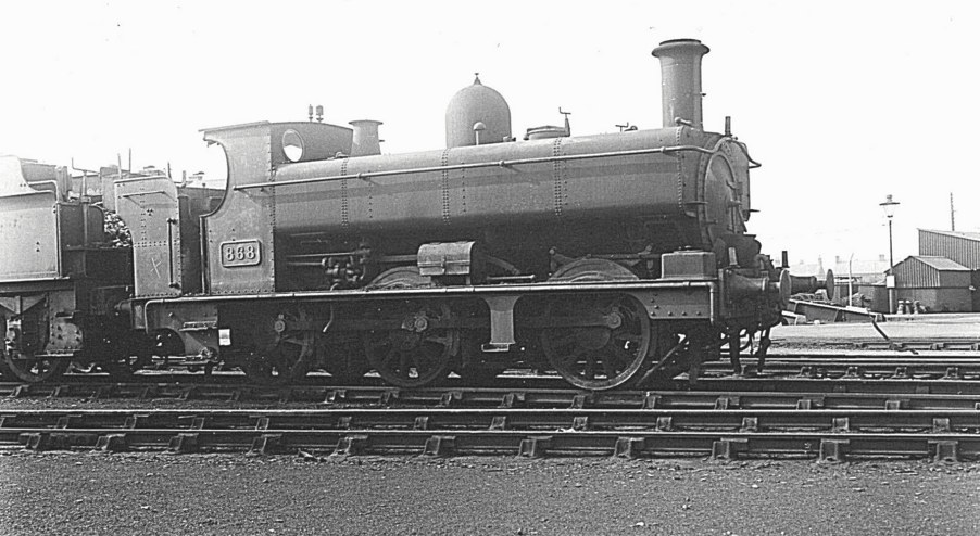 GWR 868 at Swindon with Collett bunker