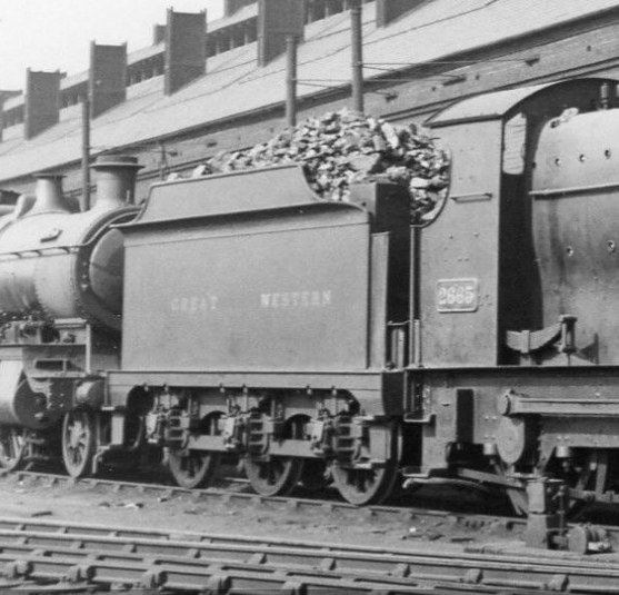 ROD tender behind Aberdare 2665 at Chester shed, 10 April 1938