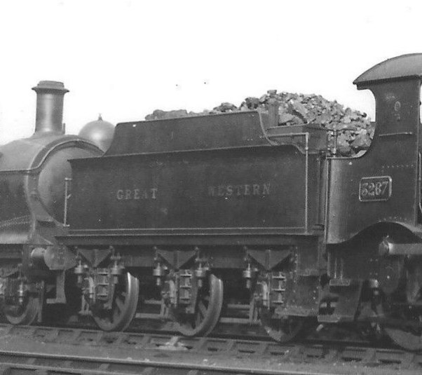 Duke 3267 tender at Didcot