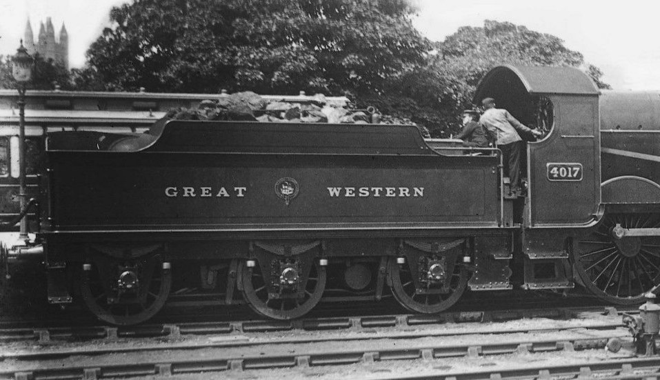GWR tender behind Star 4017 at Bath, September 1908
