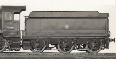 Collett post-1934 style of GWR 4000g tender behind Hall 5916
